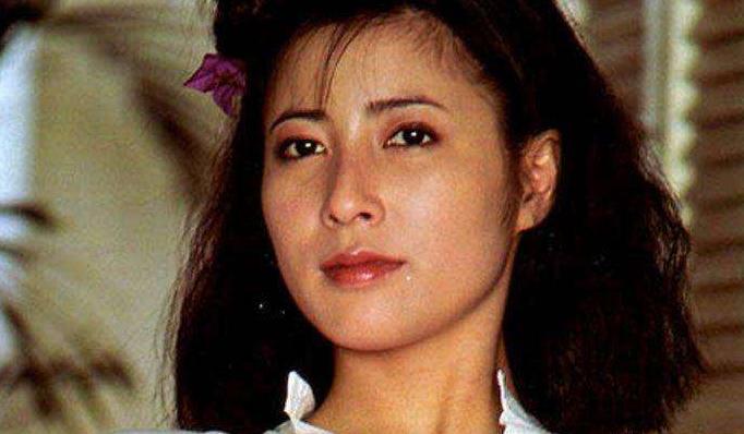 冈江久美子因新冠去世,家人叮嘱大家注意防护!